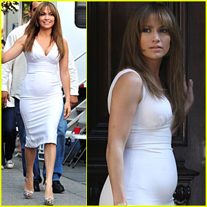 Jennifer Lopez: Baby Bump Watch!