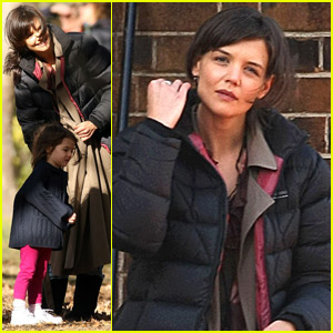 Katie Holmes Explores The Australian Bush
