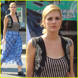 Drew Barrymore is Plaid Skirt Pretty