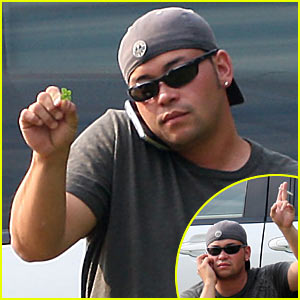 Jon Gosselin Finds Four Leaf Clover
