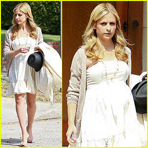 Sarah Michelle Gellar: Baby Shower Cel