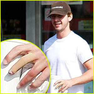 Shia LaBeouf's Fingers Uncovered -- FIRST PICS