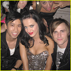 Katy Perry Enjoys Jared Sandwich