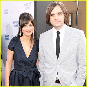 Zooey Deschanel: Wedding Details!