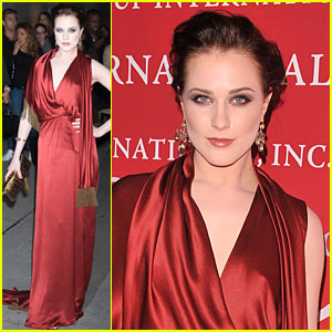 Evan Rachel Wood is Gorgeous in Gucci