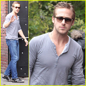 Ryan Gosling Performs At The Opera House
