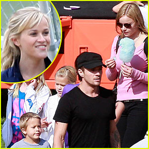 Ryan Phillippe &#038; Abbie Cornish: Harvest Festival!