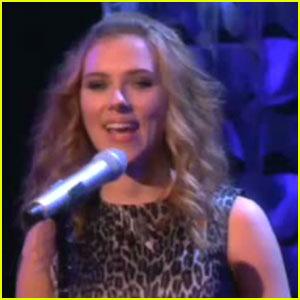 Scarlett Johansson Sings on 'The Ellen Show'