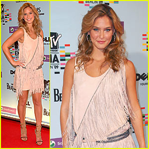 Bar Refaeli: Berlin Babe Hits MTV EMAs