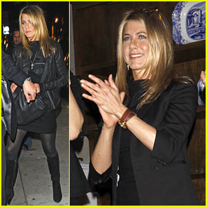 Jennifer Aniston: Here To Stay, Sings At 24-Hour Play