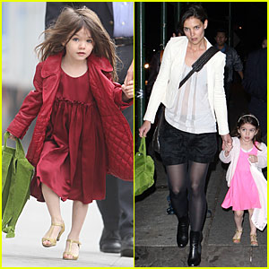 Katie Holmes & Suri Cruise: Lion King on Broadway!