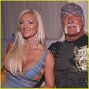 Hulk Hogan: Engaged to Jennifer McDaniel!