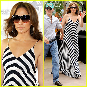Jennifer Lopez is Sundress Sexy