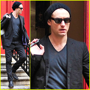 Jude Law Walks Around The West Village