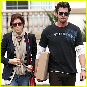 Kate Walsh & Neil Andrea: Val Surf Shopping