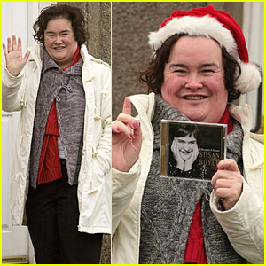 Susan Boyle Gets Her Santa On