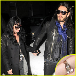 Katy Perry: Engagement Ring Revealed!