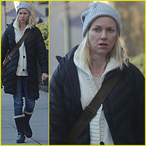 Naomi Watts Helps The Homeless