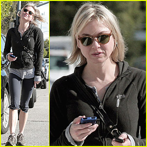 Renee Zellweger Is Candid After Coffee
