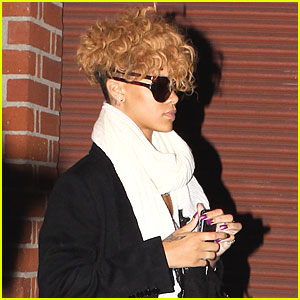 Rihanna: I Wear My Sunglasses At Night...