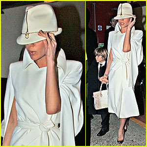 Victoria Beckham: We Will, We Will Rock You!