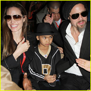 Angelina Jolie &#038; Brad Pitt: Superbowl Sweethearts!