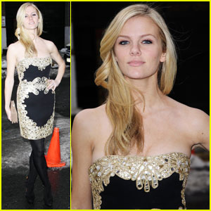 Brooklyn Decker Overshadows Andy Roddick
