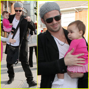 Cam Gigandet: Shopping With The Girls