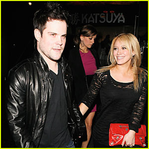 Mike Comrie: $1 Million Engagement Ring for Hilary Duff!