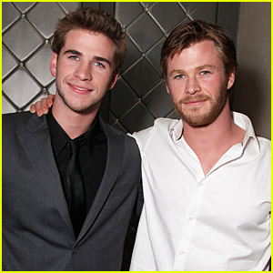 Chris Hemsworth Sings His Last Song with Liam