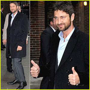Gerard Butler Gives Letterman Two Thumbs Up
