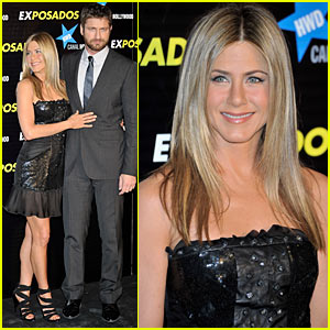 Jennifer Aniston & Gerard Butler: Spain Sexy