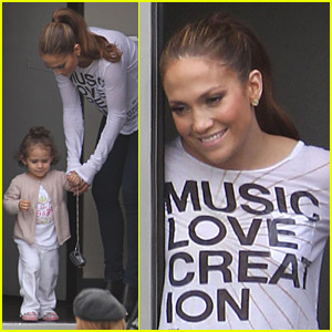 Jennifer Lopez: Hang Out At 'Hawthorne'