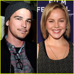 Josh Harnett & Abbie Cornish Go Public -- Sort Of