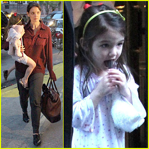 Suri Cruise: Alice's Tea Cup Cutie