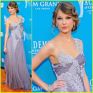 Taylor Swift - ACM Awards 2010 Performance!