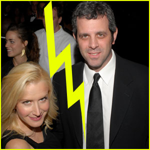 'Office' Star Angela Kinsey Files For Divorce