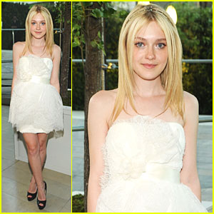 Dakota Fanning: Marchesa for CFDA Fashion Awards!