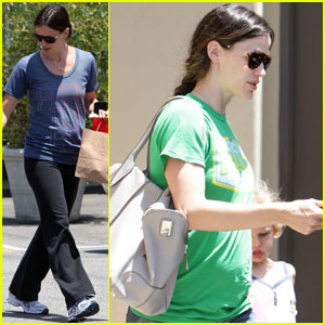 Jennifer Garner: Free to Be in Brentwood
