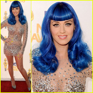 Katy Perry - MTV Movie Awards 2010 Red Carpet