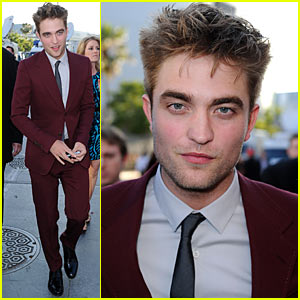 Robert Pattinson Premieres Eclipse in Maroon Suit