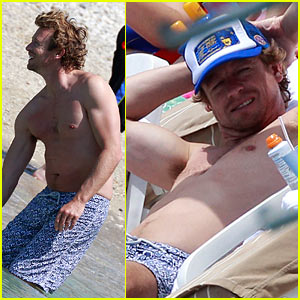 Shirtless Simon Baker Soaks In Monaco