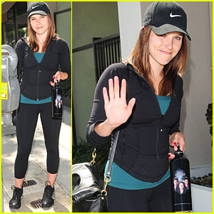 Sophia Bush: I'm Team Bella!