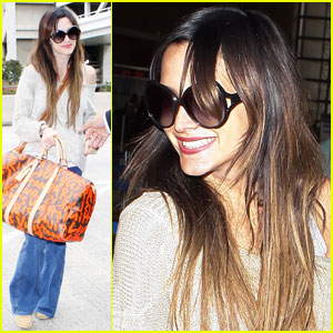 Ashlee Simpson: Lovely Louis Vuitton!