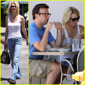 January Jones & Jason Sudeikis: Los Feliz Foodies!