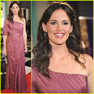 Jennifer Garner: Glam for The Greenbrier!