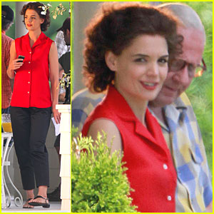 Katie Holmes is Jackie O in Toronto