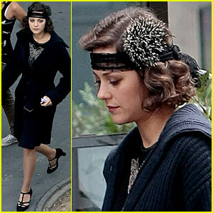 Marion Cotillard: Flapper Girl at Midnight in Paris!