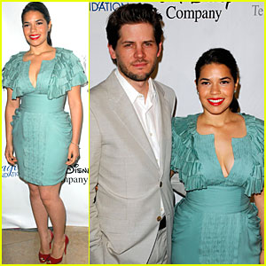 America Ferrera: Imagen Awards with Ryan Piers Williams!
