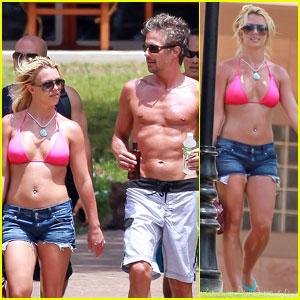 Britney Spears: Hot Pink Bikini